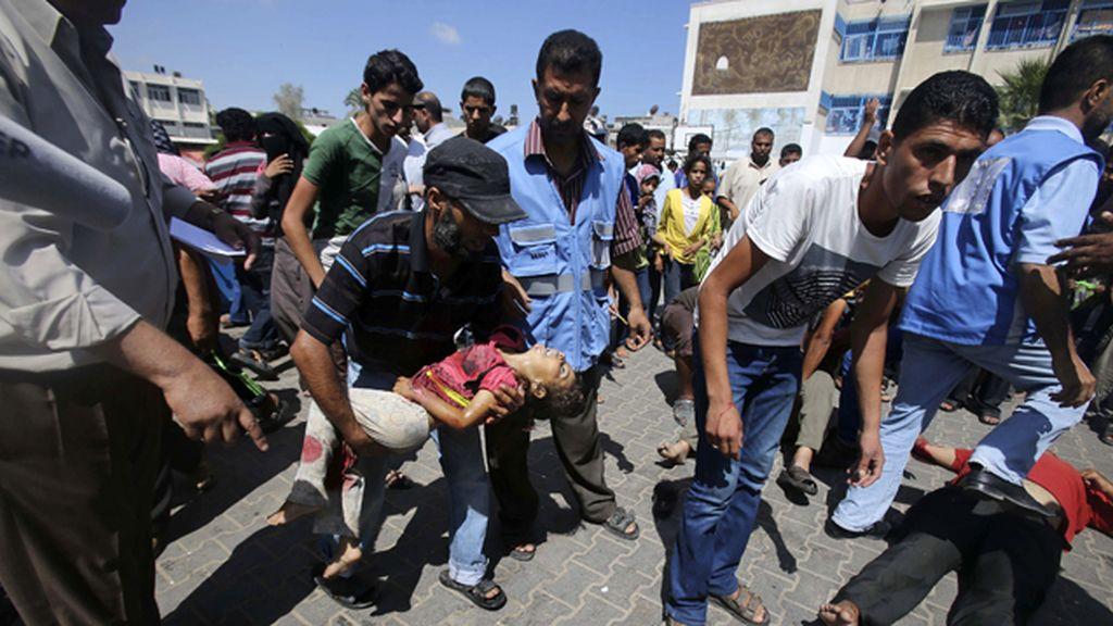 Aumenta a diez muertos el balance de un bombardeo israelí contra una escuela