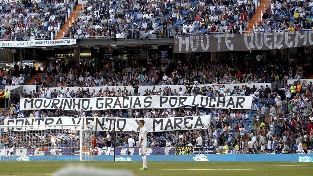 El Bernabéu despide a Mourinho
