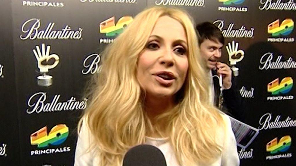 Enrique y Shakira, los 'más mejor' de los Premios 40