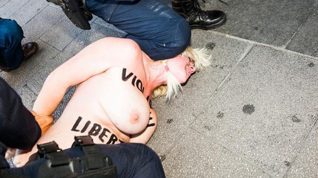 Una activista de Femen, detenida