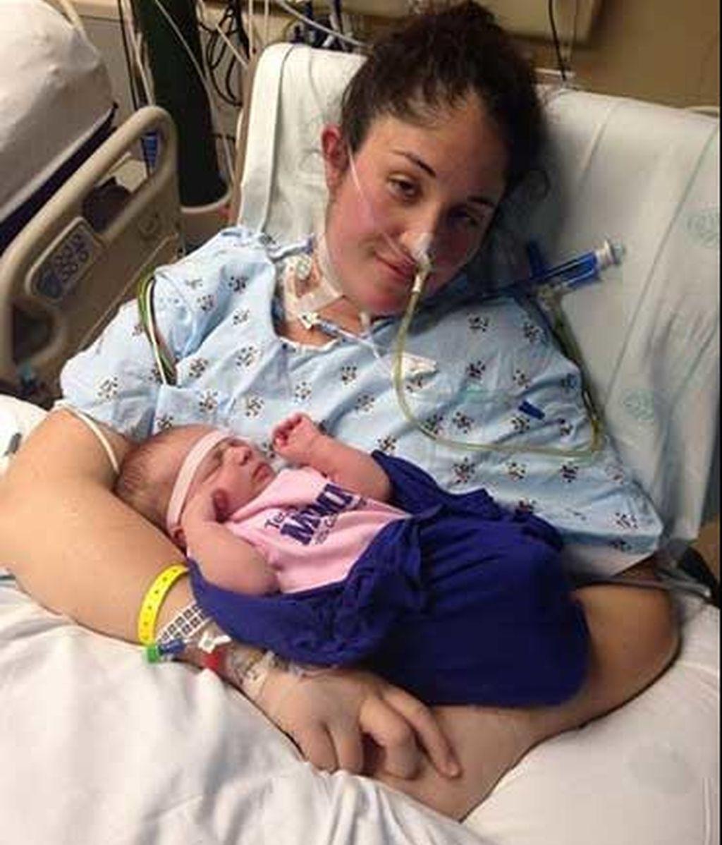 Una madre en coma despierta al oír el llanto de su bebé recien nacido
