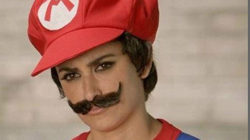 Penélope Cruz se deja bigote