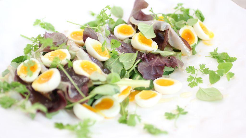 Ensalada de anchoas, jamón y berros de 'Robin Food'