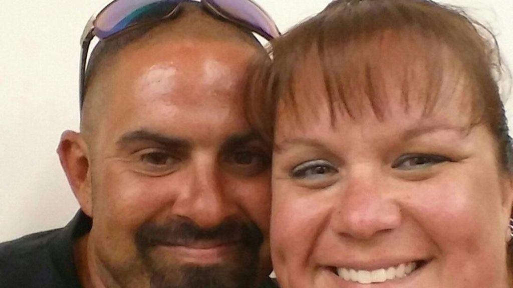 Una novia muere en un accidente de motocicleta camino a su banquete de bodas