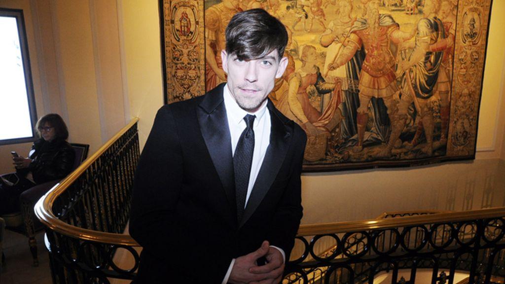 Adrián Lastra también se decantó por Armani para los GQ