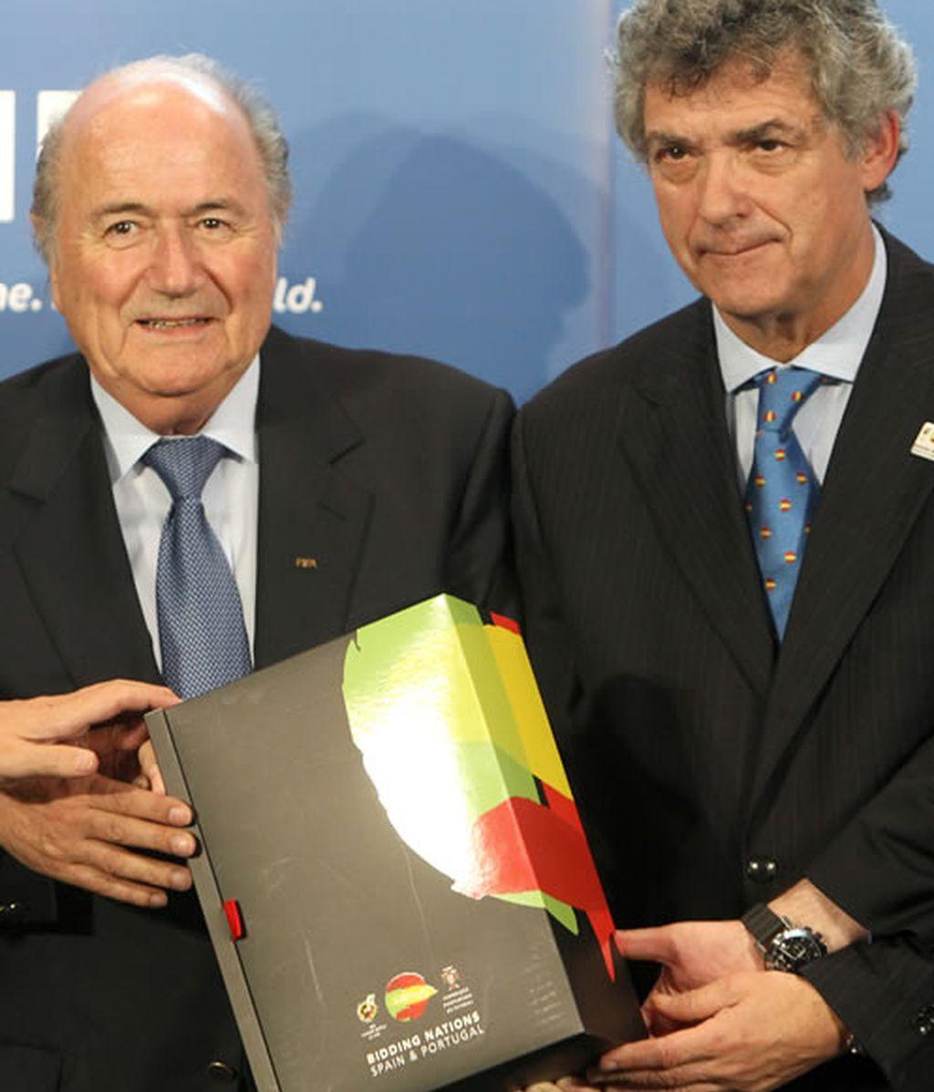 Joseph Blatter y Ángel María Villar