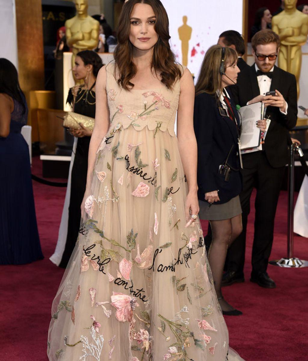 Keira Knightley con vestido de Valentino