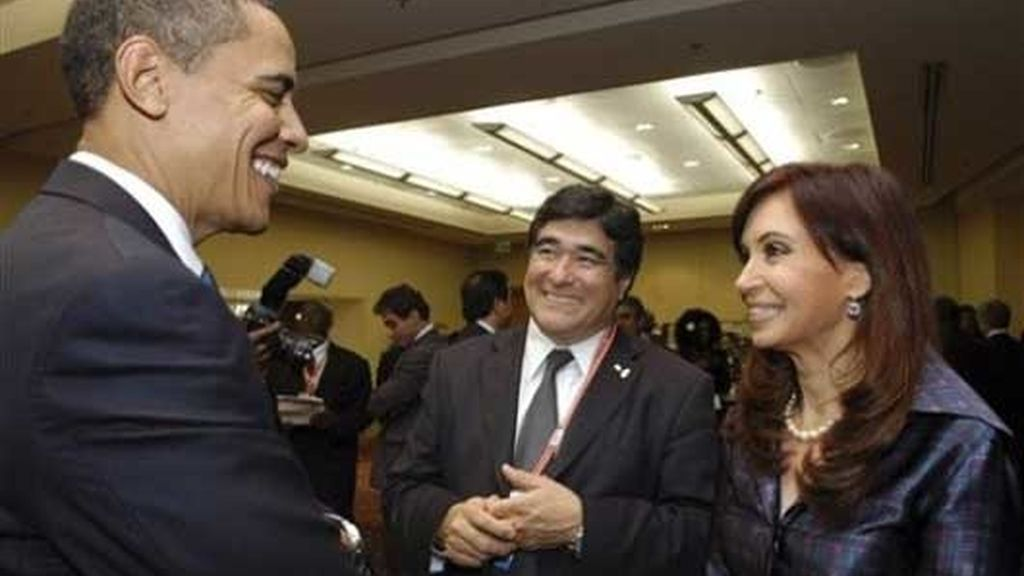 De Kirshner y Obama, juntos en Trinidad y Tobago