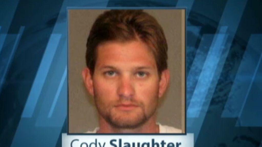 Cody Slaugther fue arrestado después de que la Aduana y el Departamento de protección de la frontera notificara su caso a las autoridades del condado de Yuma.