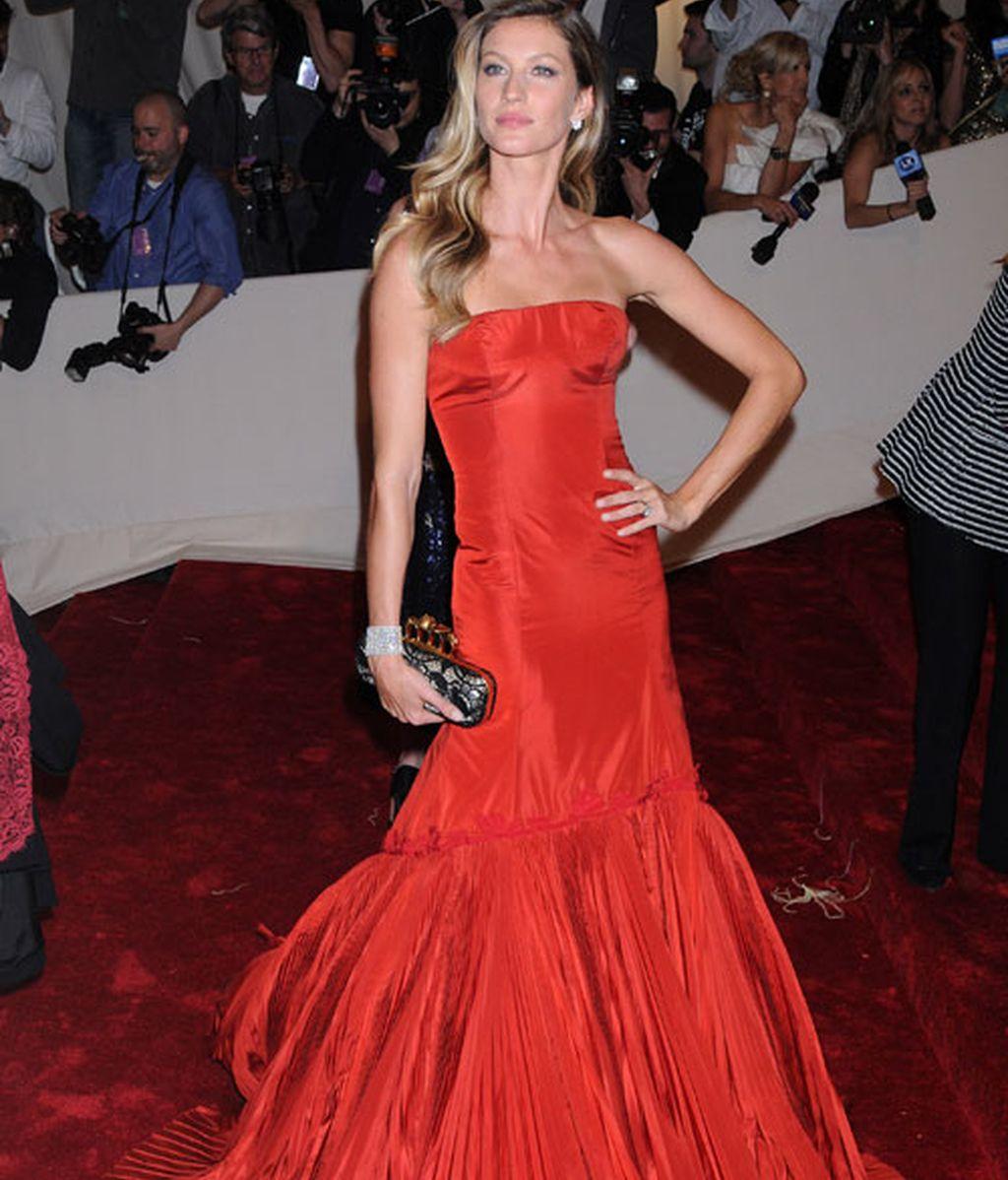 Penélope Cruz, una española en la gala homenaje a McQueen