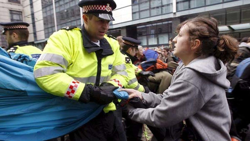 Contra la policía