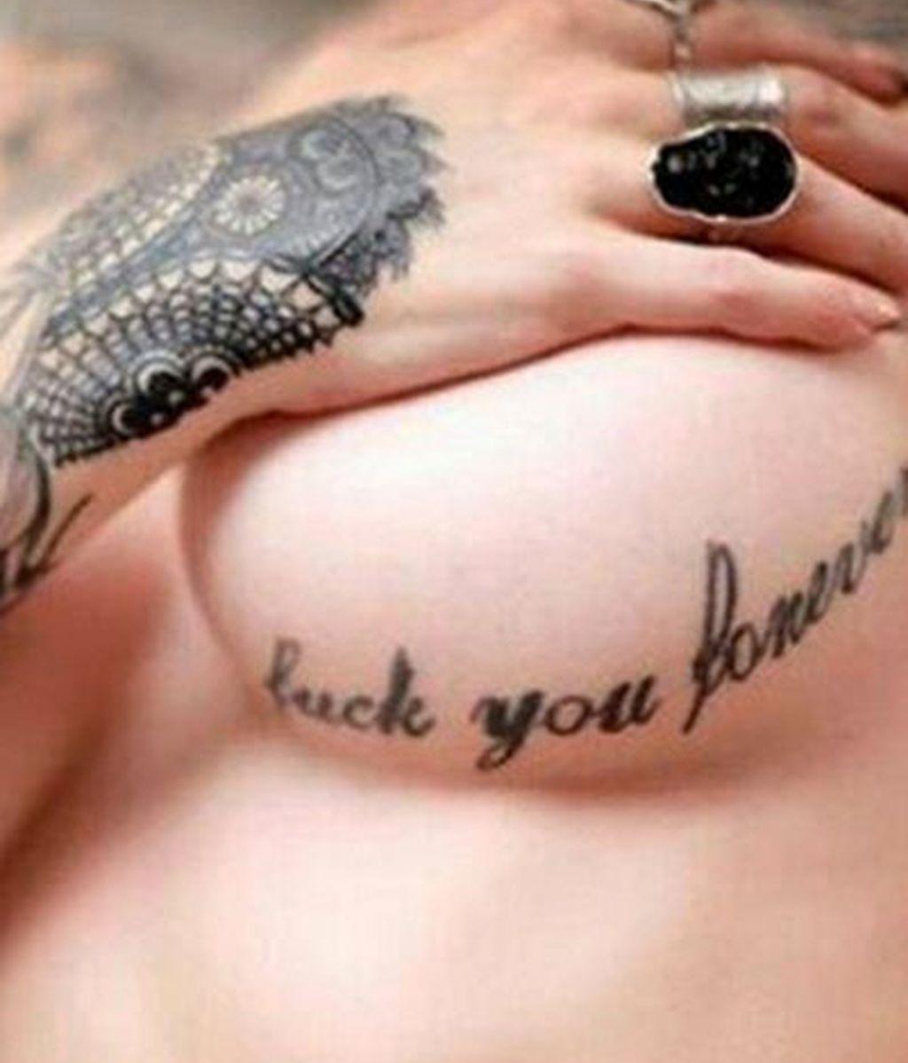 'Underboob', la nueva moda más sensual de selfies