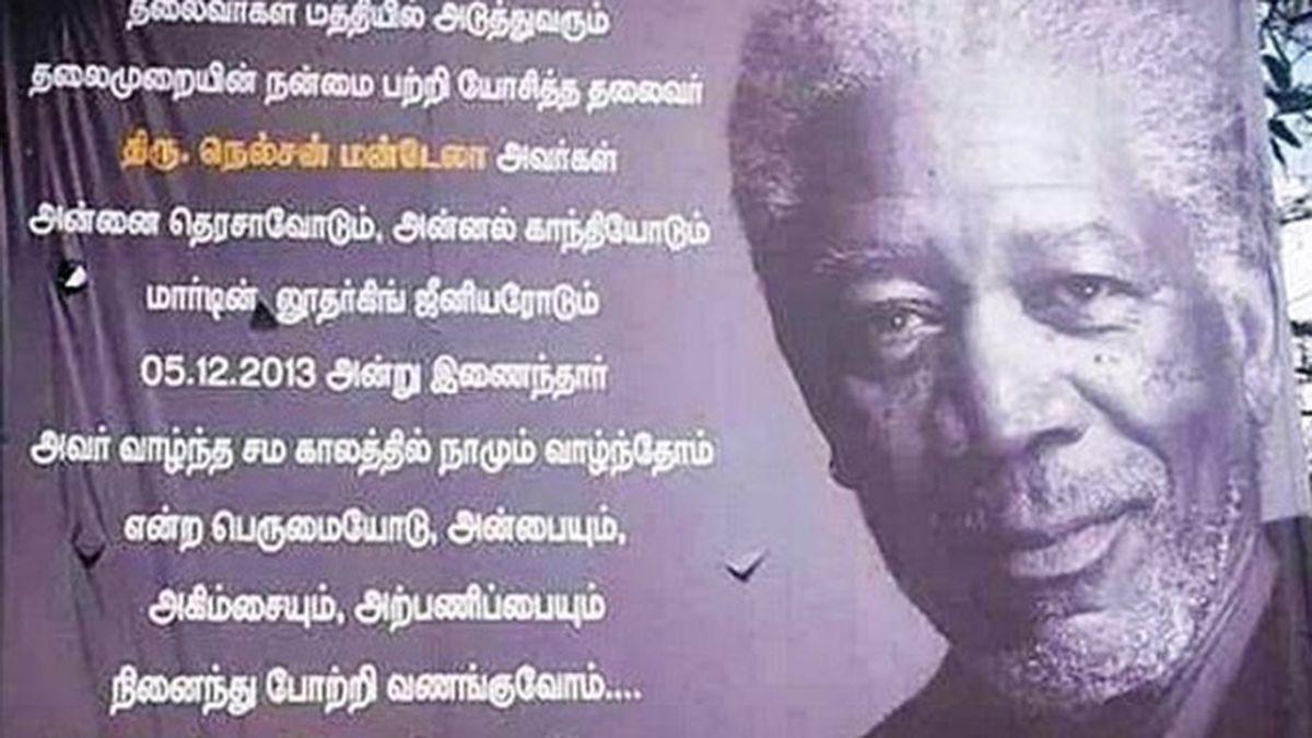 Confunden a Mandela con Morgan Freeman en un cartel honorífico en la India