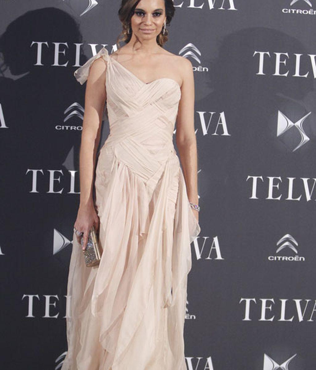 La actriz Norma Ruiz, vestida de Donna Karan NY Atelier