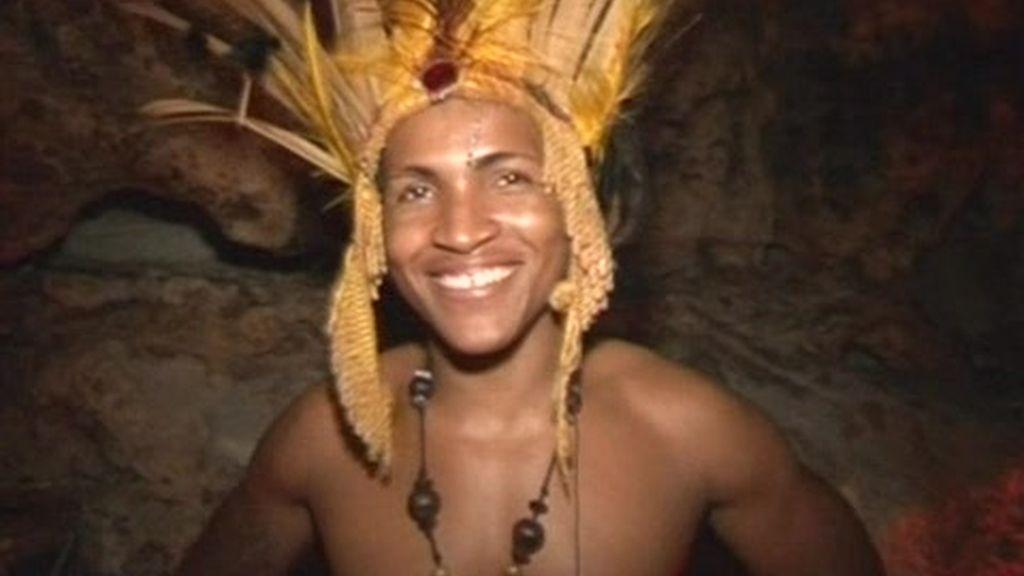 República Dominicana: Cueva ?Imagine? y pelea de gallos