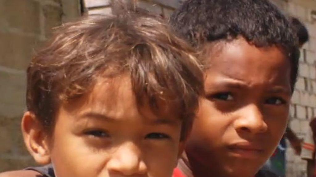 'Pagando por niñas', en imágenes