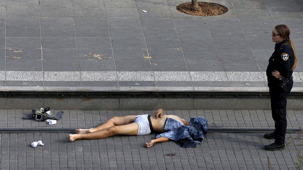 Palestino abatido tras cometerse un apuñalamiento