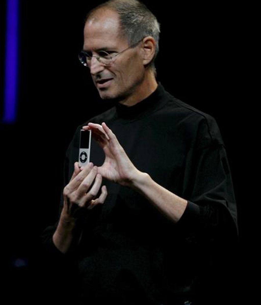 Steve Jobs, consejero delegado de Apple, destacó que, si se considera la facturación del conjunto del año, Apple supera ya los 50.000 millones de dólares en ventas. EFE/Archivo