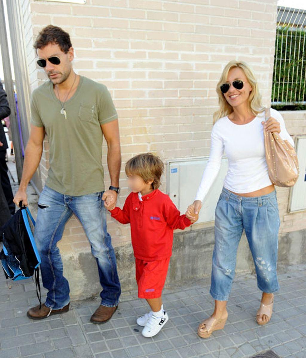 Los hijos de los famosos nos enseñan distintas formas de llevar la mochila