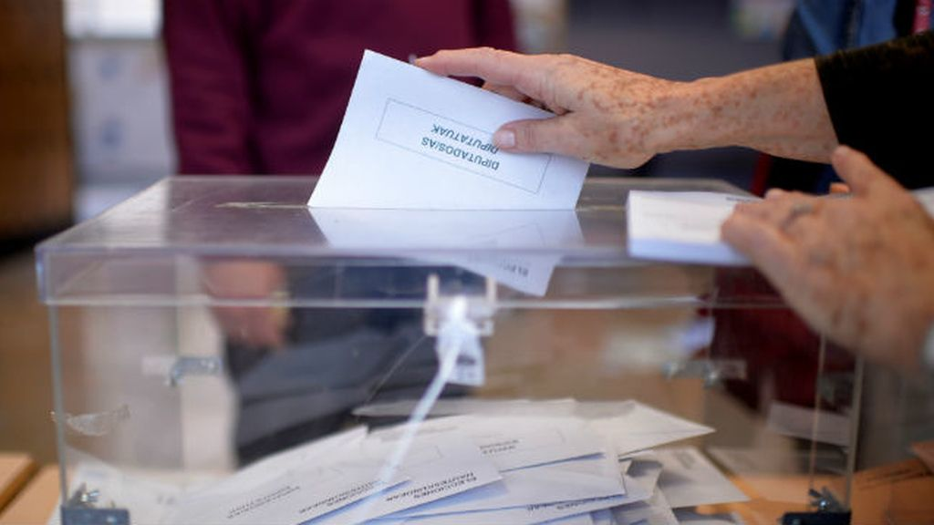 voto, urna, elecciones 26-J