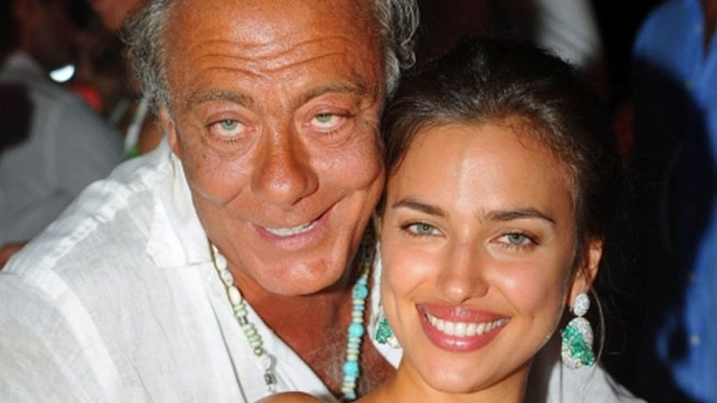 Irina Shayk derrocha glamour en Cerdeña