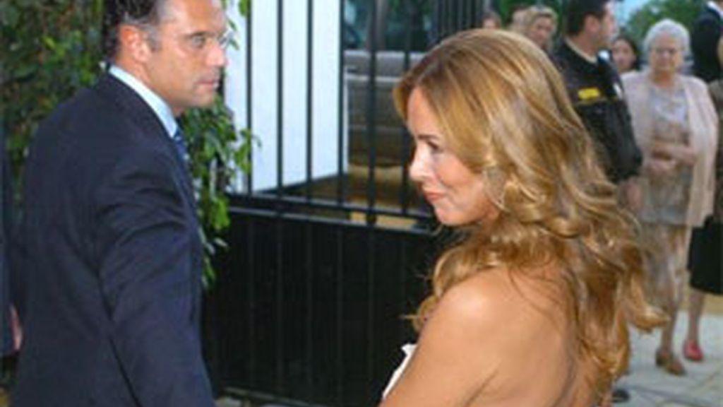 Lydia Bosch y su marido en una imagen de archivo. Foto: EFE