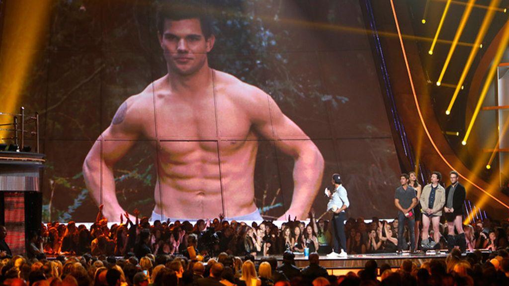 Taylor Lautner: premio Shirtless ( mejor torso sin camisa)