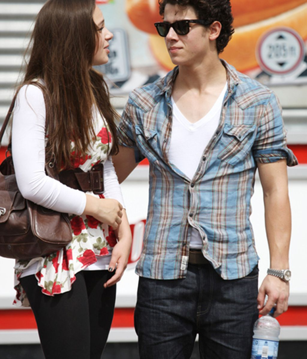 Nick Jonas, ¿míster camiseta mojada?