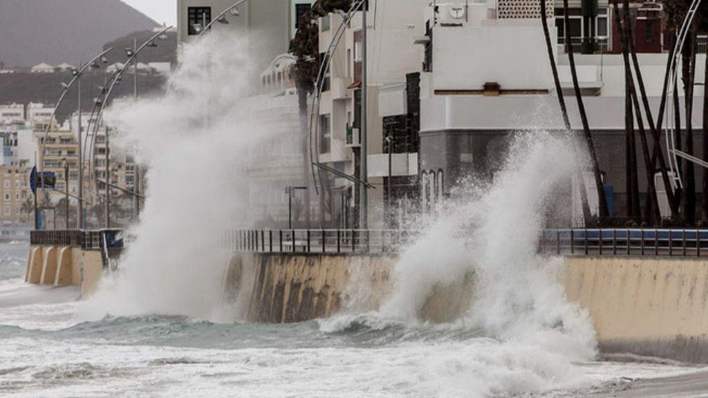 Finaliza la alerta en Canarias por lluvias y se mantiene por vientos y fenómenos costeros