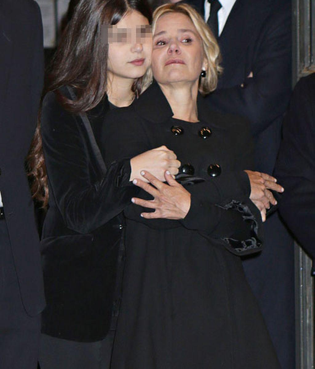 Tana, muy pendiente de su madre Eugenia