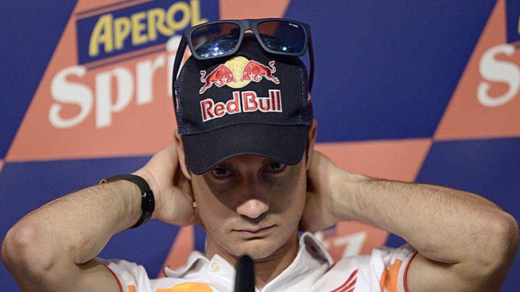 Dani Pedrosa contesta a los medios en el GP de Catalunya