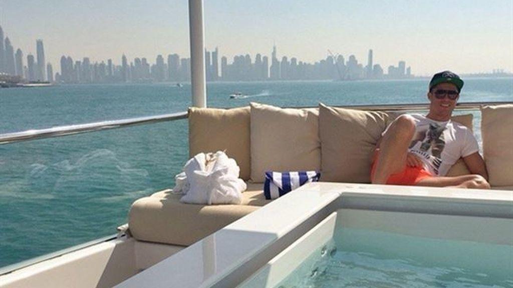 Crisitiano en Dubai