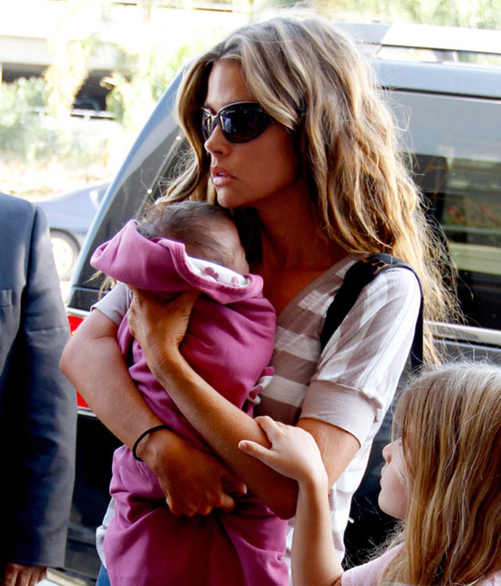 Así es la nueva hija de Denise Richards