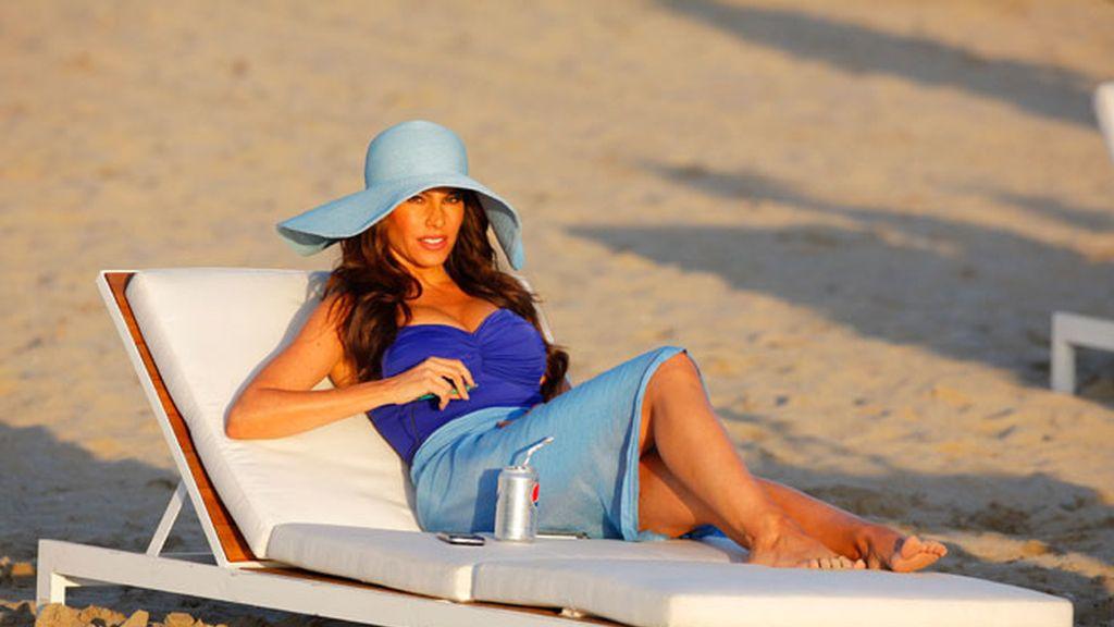 David Beckham y Sofia Vergara, juntos a la playa