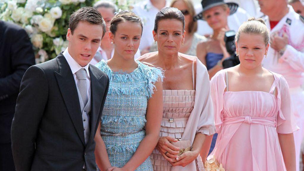 Louis Robert, Pauline y Camile, los hijos de Estefanía