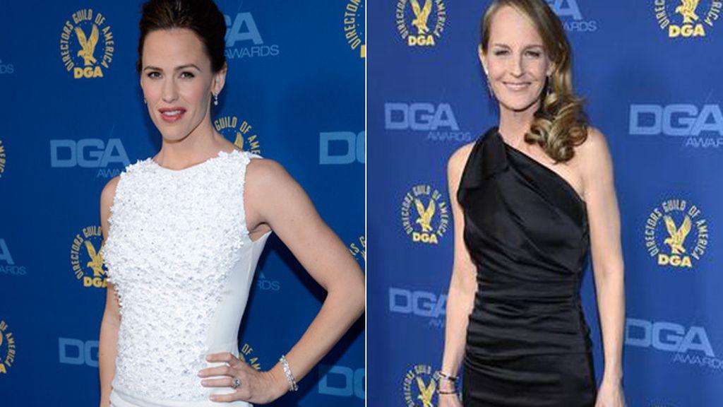 Jennifer Garner y Helen Junt lucen colores opuestos