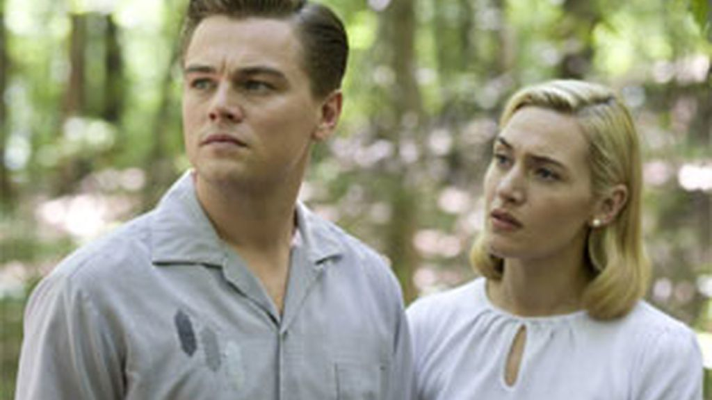 Leonardo DiCaprio y Kate Winslet en la cartelera. Vídeo: Informativos Telecinco.