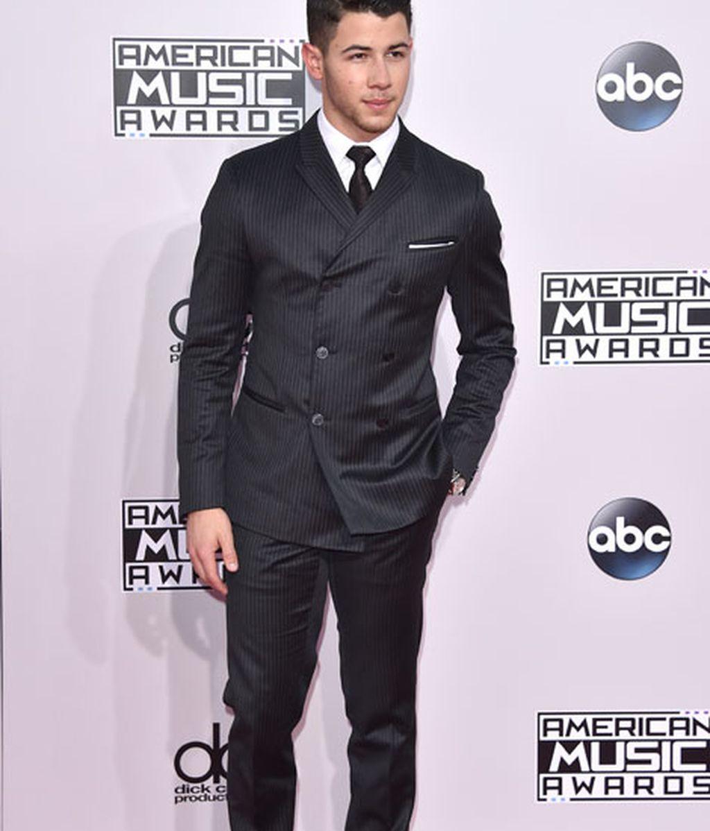 Joe Jonas también estuvo entre los asistentes de los American Music Awards