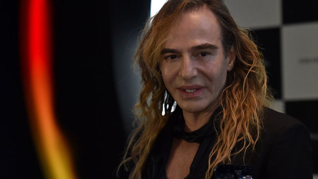 John Galliano regresa a las pasarelas