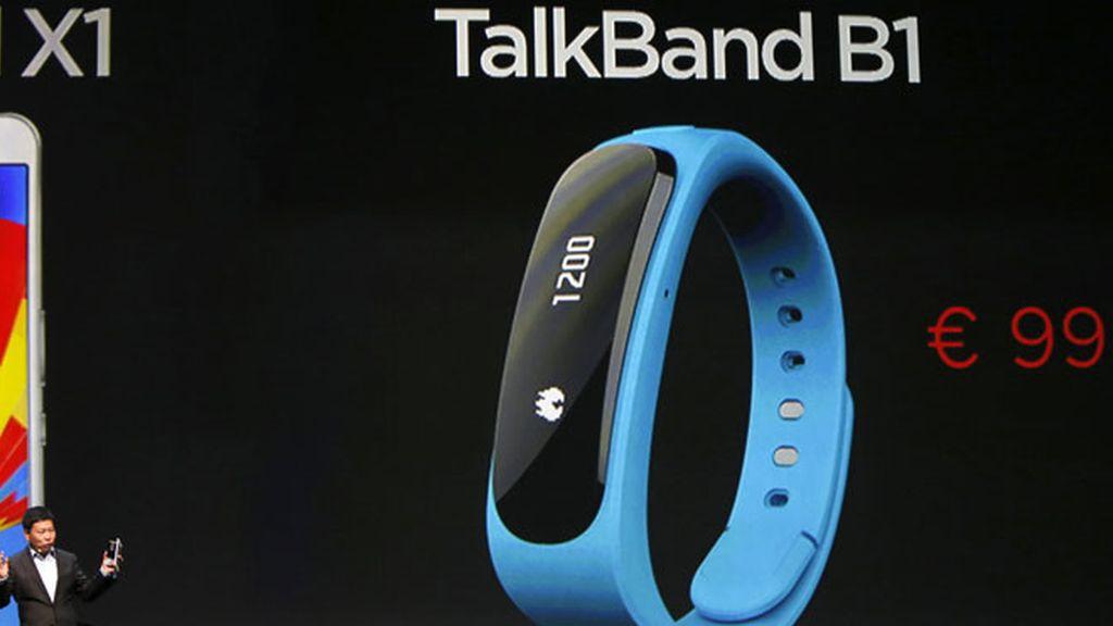 Huawei presenta TalkBand B1, la pulsera cuenta calorías con manos libres