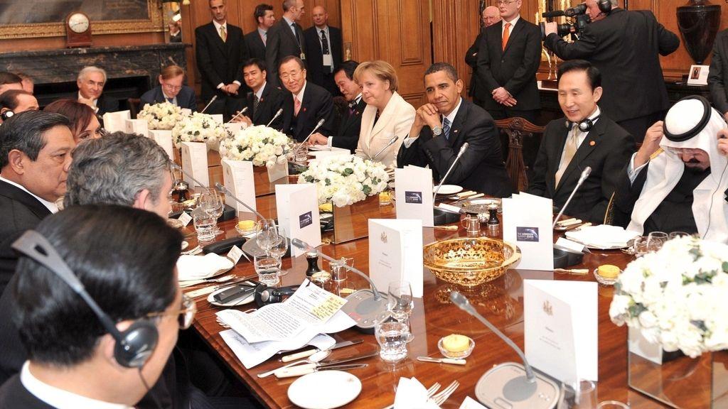 Zapatero, en la cena de la cumbre