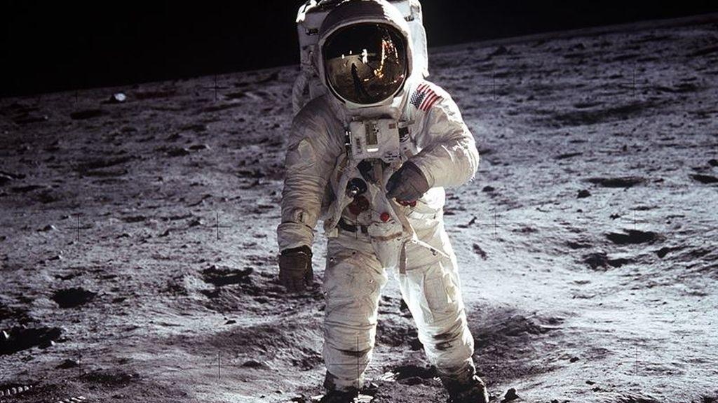 """Se celebra 45 aniversario del """"primer gran paso de la Humanidad"""" en la Luna"""