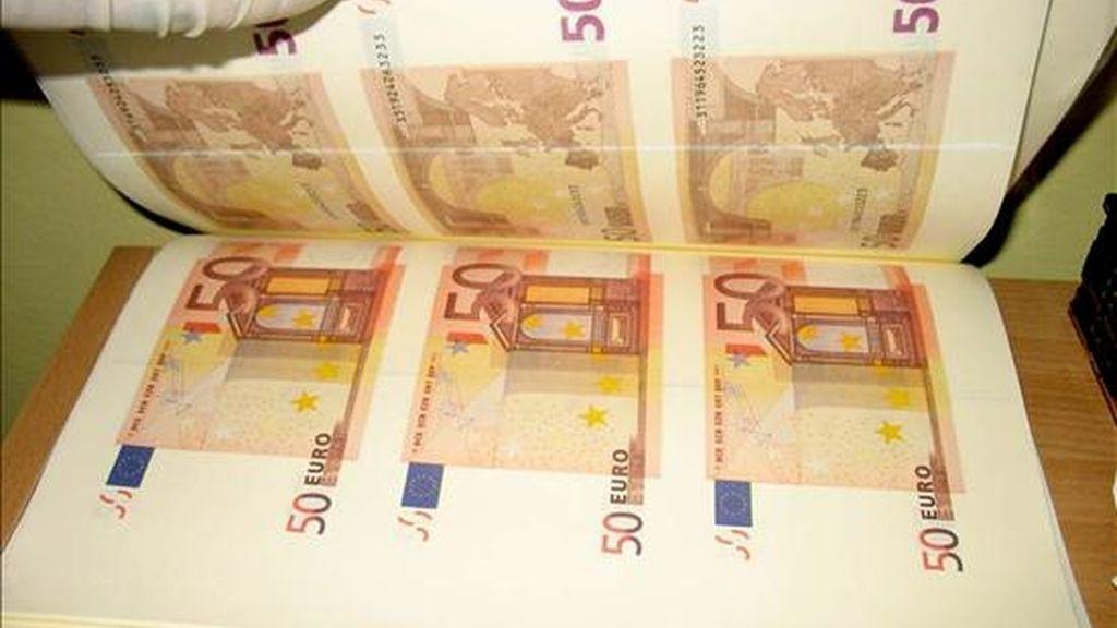 El euro bajó hoy en las últimas horas de una negociación tranquila y de escaso volumen de contratación debido a las festividades de Semana Santa. EFE/Archivo