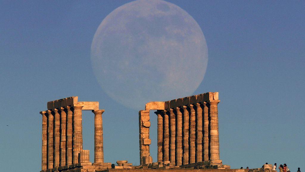 'Superluna' en Atenas