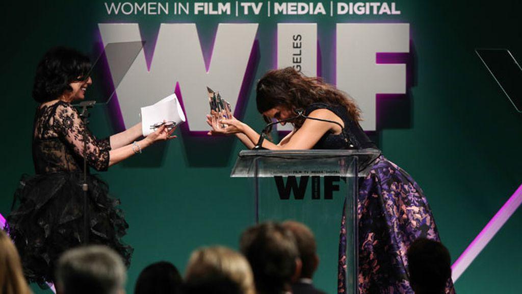 Sandra Bullock fue una de las encargadas de entregar los premios