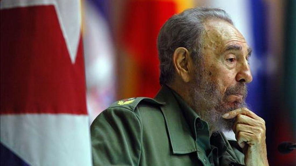 """""""¿No les parece a todos bien ridícula la historieta del espionaje cubano?"""", pregunta Castro en una nueva columna de """"Reflexiones"""" divulgada por medios oficiales. EFE/Archivo"""