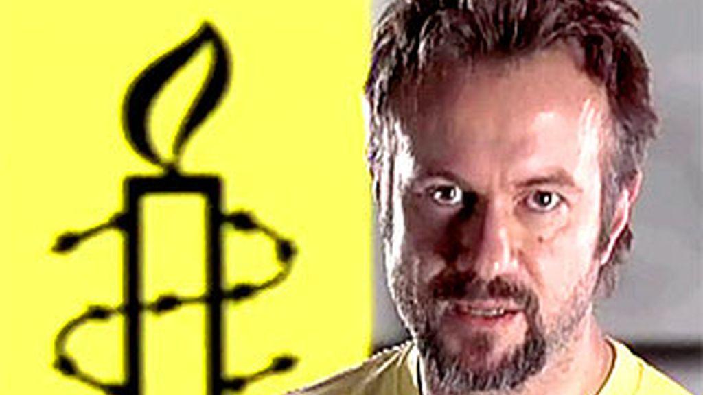 Tristán Ulloa presenta el primero de los reportajes de Amnistía Internacional