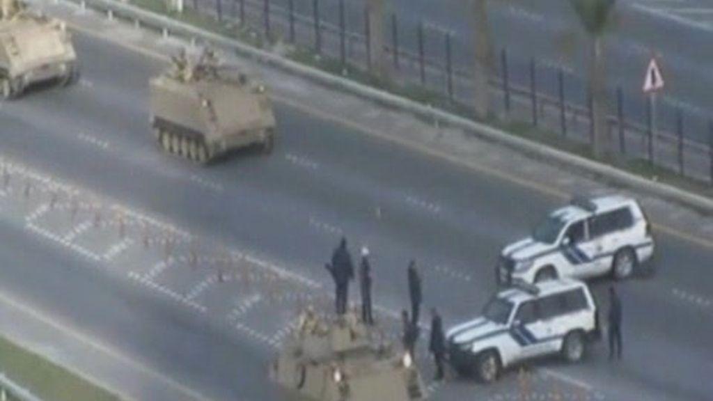 La revuelta de Bahrein, aplastada por los tanques