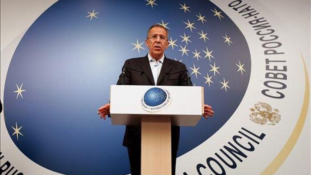 El ministro ruso de Asuntos Exteriores, Serguei Lavrov, durante la rueda de prensa ofrecida hoy en Corfú. EFE