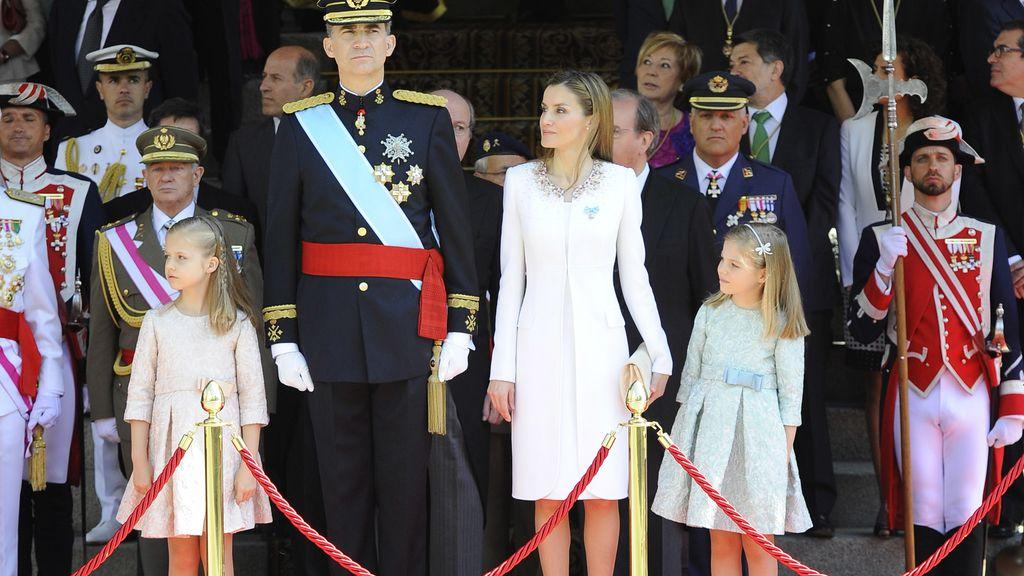 La familia real, tras el acto solemne de proclamación en el Congreso